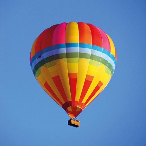 Åk luftballong med oss på Upplev,